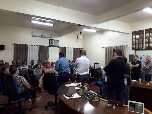 Câmara reuni funcionalismo público para debater projeto de lei