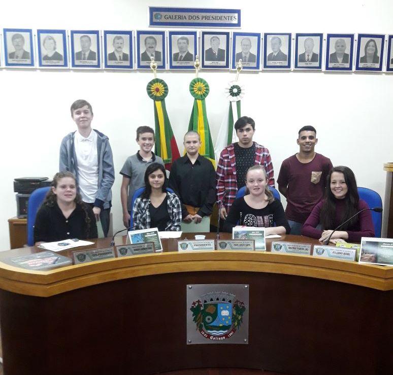 Parlamento Estudantil realiza sua segunda sessão ordinária